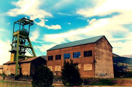 20060913233211_coalmine1.jpg